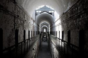 70 proc. atlikusių bausmę įkalintųjų nežino, kur eiti
