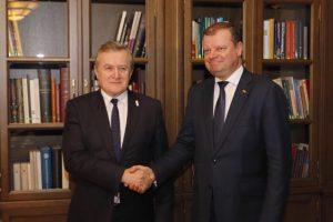S. Skvernelis lenkų ministro prašo paramos lietuvių kultūros centrui Suvalkuose