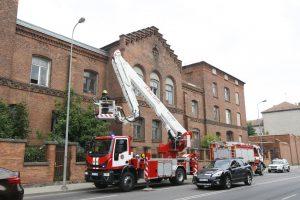 Buvęs Klaipėdos policijos pastatas sukėlė grėsmę