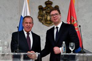 Rusija kritikuoja Vakarų spaudimą šalims nusigręžti nuo Maskvos
