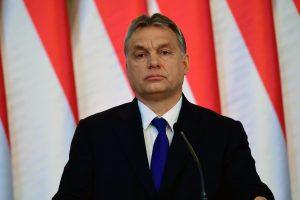 """Vengrija """"gerbia"""" ES teismo sprendimą, bet žada tęsti kovą toliau"""