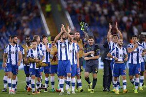 """Čempionų lyga: """"Roma"""" kovoje krito, """"Porto"""" keliauja į grupių etapą"""