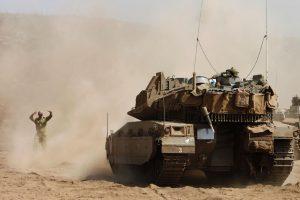 Izraelio pajėgos atakavo artilerijos pozicijas Sirijoje