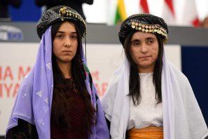 ES Sacharovo žmogaus teisių premiją atsiėmė dvi jezidės