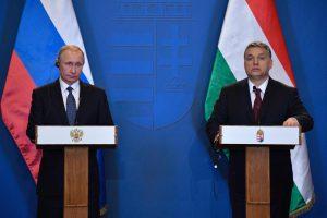 Vengrijos premjeras cementuoja ryšius su V. Putinu