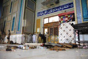 Pakistane sprogus bombai šventovėje žuvo 75 žmonės
