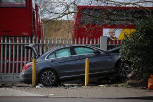 Londone automobilis taranavo pėsčiuosius, penki žmonės sužeisti