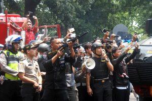 Indonezijos parke ekstremistas susprogdino bombą ir buvo mirtinai pašautas