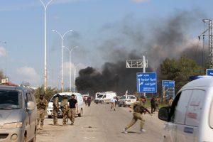 Per išpuolį Sirijoje žuvo mažiausiai 100 žmonių