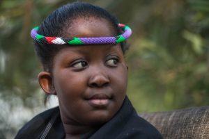 """Pietų Afrikos karalienė – paauglė, gebanti """"prišaukti lietų"""""""
