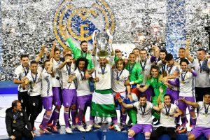 """Madrido """"Real"""" apgynė Čempionų lygos titulą"""