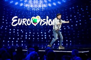 """""""Eurovizija"""" už kadro – iš labai arti: kaip ruošiamasi pasirodymams"""