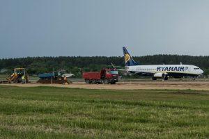Vilniaus oro uostas intensyviai ruošiasi tako rekonstrukcijai