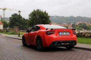 Automobilis, sukurtas mėgautis vairavimu
