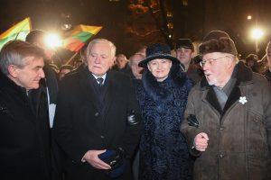 Valstybės vadovai atidarė Sausio 13-osios memorialą