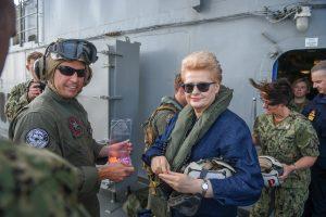 D. Grybauskaitė apie rekordines pratybas: mus gali stebėti kas nori