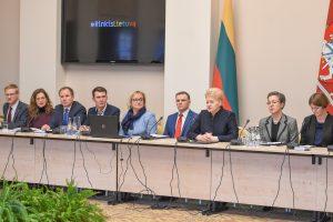 D. Grybauskaitė su merais tarėsi, kaip susigrąžinti emigrantus
