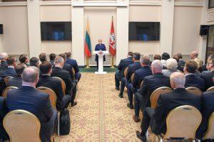 Prezidentė: reikia efektyviau informuoti emigrantus apie galimybes grįžti