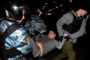 Maskvoje per rasistines riaušes suimta 380 žmonių