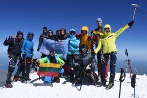 Ateikite išgirsti į Elbrusą įkopusių narsuolių įspūdžius
