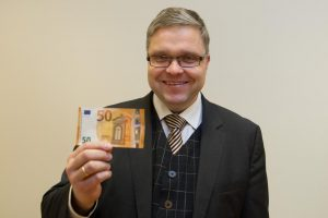 V. Vasiliauskas: naujas 50eurų banknotas sumažins klastojimo tikimybę