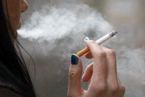 Lietuvoje rūko ketvirtadalis gyventojų