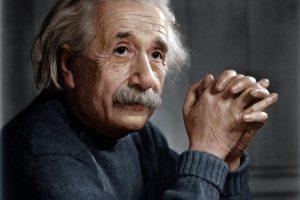 A. Einsteino reliatyvumo teorija atlaikė 100 metų išbandymą