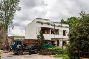 Atgimsta namas Parodos gatvėje
