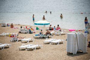 Akibrokštas Lampėdžiuose: kaitrią dieną paplūdimyje negavo skėčių