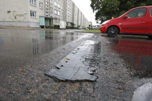 Geležinį kalnelį pakeis išlietas iš asfalto