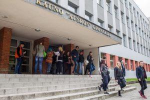 Po svarbaus lietuvių kalbos egzamino – ramūs abiturientų veidai
