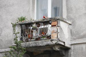 Kodekso pataisos padėtų spręsti balkonų, lodžijų ar terasų remonto bėdas