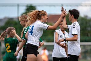 Kaune 300 vaikų šypsenas suvienijo futbolas