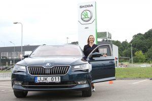 """Dviratininkei S. Krupeckaitei naujų pergalių padės siekti """"Škoda"""""""
