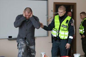 Policijos kursantai mokėsi svarbių gudrybių