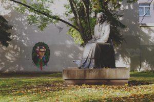 """Festivalis """"In Latino"""" prasidėjo F. Kahlo ir Žemaitės dialogu"""