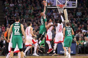 """""""Žalgirio"""" krepšininkai Eurolygos sezoną pradėjo sunkia pergale"""