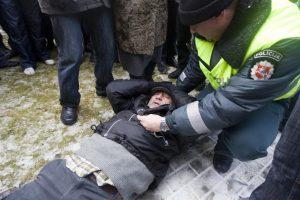 """""""Economist Intelligence Unit"""" įvertino socialinių neramumų riziką Lietuvoje"""