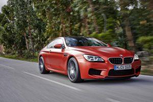 """Atnaujintuose """"BMW M6"""" – dar gilesnis akseleratoriaus dugnas"""