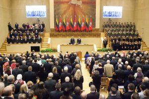 Seime priimta Lietuvos valstybės atkūrimo 100-mečio deklaracija