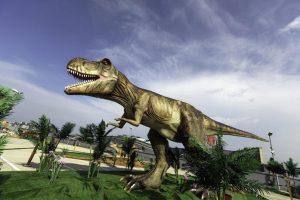 Ant prekybos centro stogo apsigyveno dinozaurai