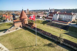 Prie Kauno pilies baigiamas įrengti tūkstančio vietų amfiteatras