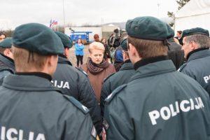 D. Grybauskaitė: Lietuvos pareigūnų darbas Slovėnijoje – solidarumo ženklas