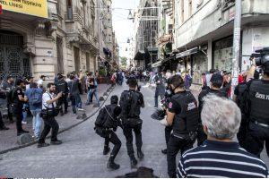Stambulo policija išvaikė gėjų bendruomenės susibūrimą