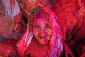Indijoje prasidėjo spalvingasis hinduistų festivalis