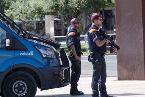 """Atsakomybę už išpuolį Ispanijos kurorte prisiėmė """"Islamo valstybė"""""""