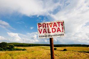 EK: Lietuva privalo palengvinti žemės pardavimą užsieniečiams