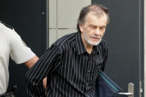 Pedofilas E. Čekanavičius vėl nuteistas – šįkart už ilgą liežuvį