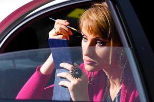 Ką reiškia blondinė prie vairo ir kodėl vyrai prasižengia dažniau?