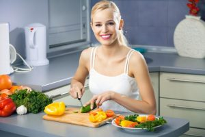 Persivalgymas: iš nemalonių pojūčių išvaduos natūralūs produktai